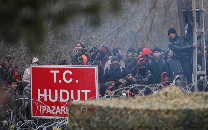 Grecja wysłała wojsko do obrony granicy, – młodzi islamiści usiŁują się wedrzeć do Grecji 4
