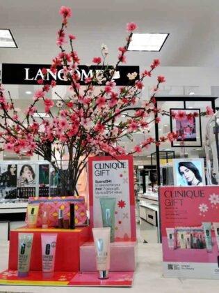 Perfumy i kosmetyki zróżnicowany zbiór ofert, rewelacyjne ceny i najlepsze promocje w Calgary. 7